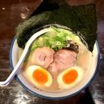 麺の坊 砦 - のりと半熟卵(950円)