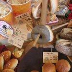 銀の麦 - ハード系も美味しい、ミルクパンは50円