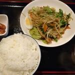 双葉亭 - 肉やさい炒め定食\650(17-12)