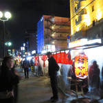 屋台 峰ちゃん - 天神や中洲の春吉橋・那珂川通り沿いにある屋台街は、比較的早い時間に始まっていて、 呼び込みも多いです。