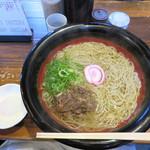 春月庵 - 肉そば880円+半熟たまご120円。 麺は2玉でお願いしました。