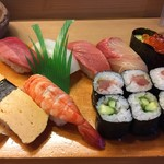 あきら寿司 - 料理写真:上寿司 ¥1,580