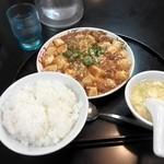 珍来飯店 新曽店 - 牡蠣麻婆定食¥850