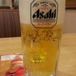 ガスト - ドリンク写真:生ビールはスーパードライ通常449円がハッピーアワーで249円