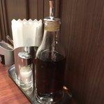 山形屋食堂 - 三杯酢の瓶