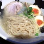 天六きんせい - 特製貝塩ラーメン(麺のアップ)
