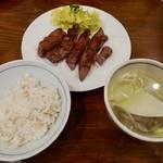 78560369 - 【Aたん焼き定食(5枚)…1,700円・税抜】♫2017/12
