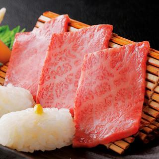 こだわりの黒毛和牛炙り肉寿司、握り肉寿司