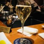 AU GAMIN DE TOKIO - グラスシャンパン
