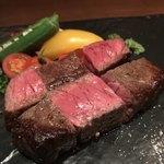 Dining Bar W - 黒毛和牛イチボのステーキ