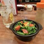 ハチ - 『ドリンクセット』\400「ハイボール」&『朝摘み仙台クレソンとトマトの土鍋サラダ』\480