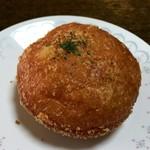 パン専門店 茶々 - 料理写真:カレーパン大辛口 180円