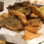 魚旬 - 魚の皮パリパリ揚げ