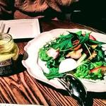 グリップ オーガニック - ドレッシングがおいしいサラダ