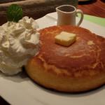石釜 ベイクブレッド 茶房 タムタム - 石釜焼きホットケーキ600円