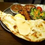 インド料理 ムンバイ - ハーフ&ハーフセット¥1900