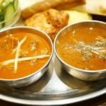 インド料理 ムンバイ - ローガンジョシュ(۱۱)とブラックペッパーチキン(۱۱۱)