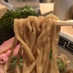 セアブラノ神 - 背脂煮干そば(太麺)