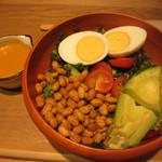 モア サラダ - 人気の和風チョップドサラダ 843円
