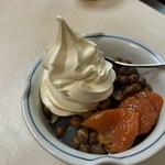 みはし - ★★★☆ 豆かん+クリームと杏  フルーツクリームみつ豆にすれば良かった^^;