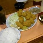 らーめん大漁 - カキフライ定食、1000円