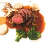 78608492 - 熊ロース肉のステーキ セップソース