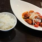 雅苑酒家 - 酢豚と白ご飯