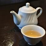 雅苑酒家 - お茶