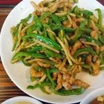 泰陽楼 - 肉とピーマン炒め定食