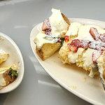 デザート王国 - いちごとモンブランのシフォンケーキ