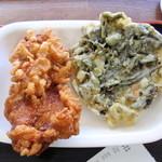 丸政そば - 唐揚げと野沢菜の天婦羅です。