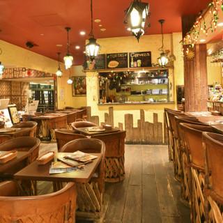 陽気なメキシコの空気を味わう、気さくなカジュアルレストラン