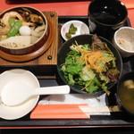 個室の美味 桜の藩 - 五目釜飯ランチ¥799-