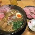 らーめん 鶴武者 - 和風窯出しチャーシュー麺