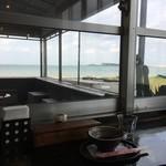ビーチカフェ anjina - 店内からの眺め