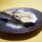 78620049 - 牡蠣の湯びき