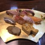 双葉寿司 - 料理写真:季節のおまかせにぎり