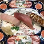双葉寿司 - メダイ・中トロ・シャコ