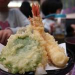 金沢まいもん寿司 - 天ぷら盛り合わせ