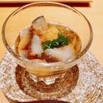 八新鮨 - 料理写真:『赤ナマコの茶煮』様