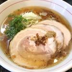 麺屋 義 - チャーシュー入り義ラーメン(醤油) ¥980