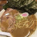 自家製熟成麺 吉岡 田端店 - 濃厚鶏豚ラーメン(火曜・水曜)+海苔トッピング(¥100)