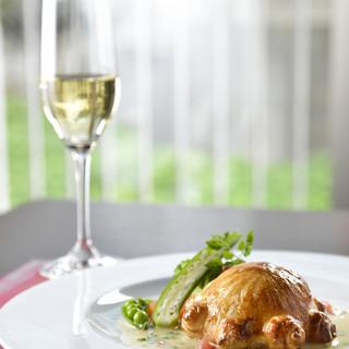 大地の恵みのフランス料理を楽しむ「キュイジーヌ・テロワール」