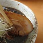 麺武 はちまき屋 - ロール叉焼は味付け薄め