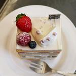 パティスリー1904 - スペシャルショートケーキ