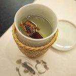 春帆楼 - ふくヒレ酒