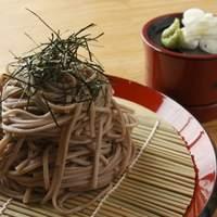 このじょ - 東北の霊場、修験者で有名な山形県出羽三山で作られた、きめ細かく香り高い美味しい羽黒そば(800円)