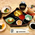 青島グランドホテル - 料理写真:夕食