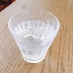 マーブル カフェ - サービスのお水は自家製の梅水