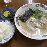 ラーメンむさし - 料理写真:ラーメンセット=690円